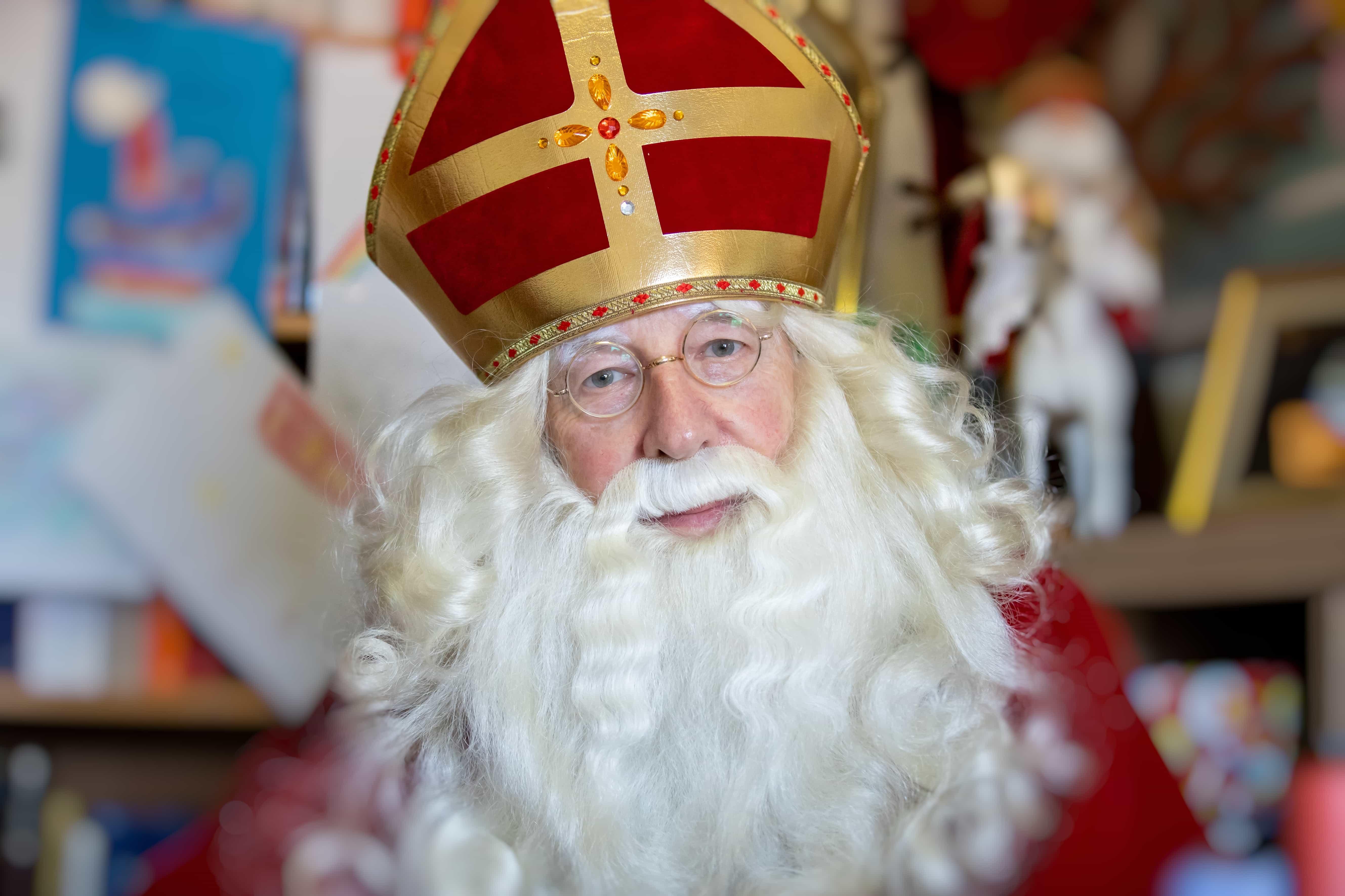 Kleurplaat Sinterklaas aan de Maas